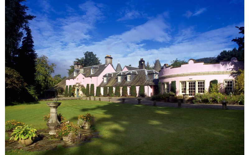 Win an overnight night stay for two at Roman Camp Country House Hotel with dinner and breakfast x1
