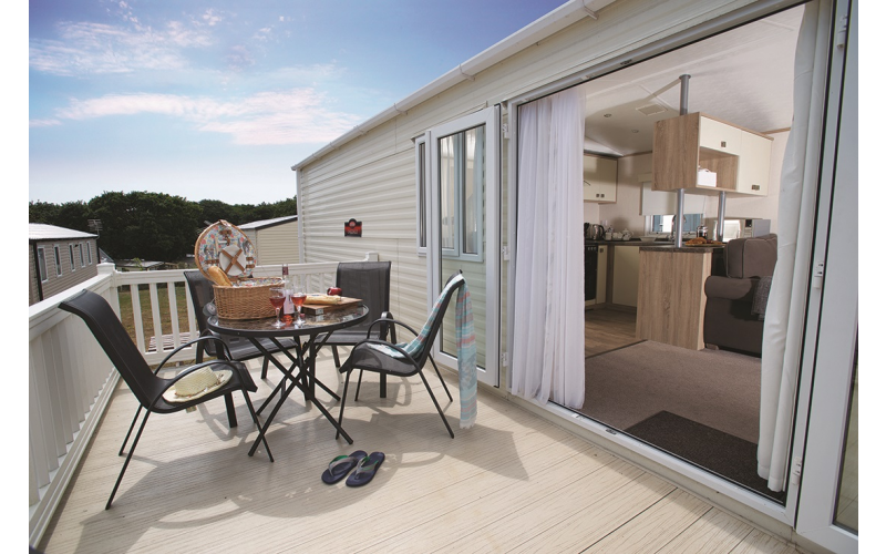 A short break for up to 6 people in a Supreme Caravan at Shorefield Country Park in the New Forest
