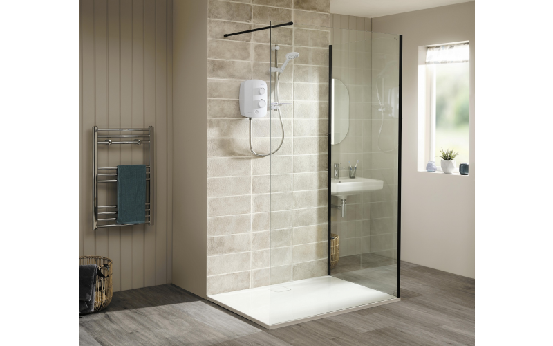 AS2000SR white pumped electric shower, worth £250