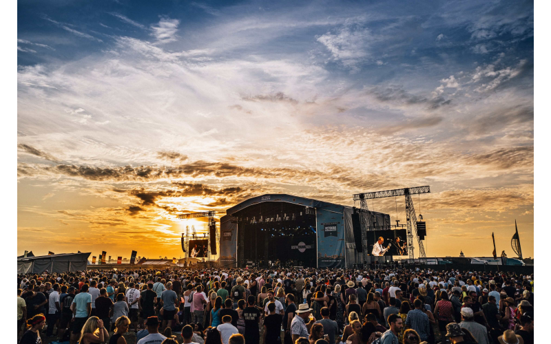 VIP Tickets to Victorious Festival