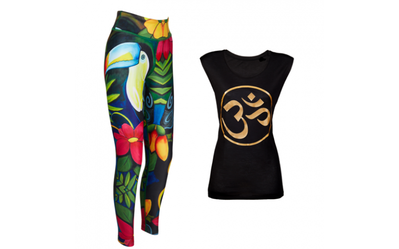 Win yoga leggings and a tank top from Blossom Yoga Wear