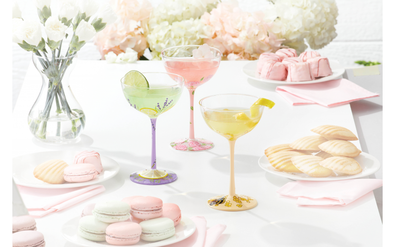 A set of four brand new Lolita Coupe champagne glasses