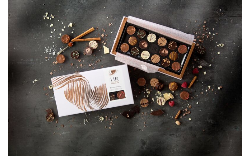 Win a luxurious chocolate bundle from Lir just in time for Christmas!
