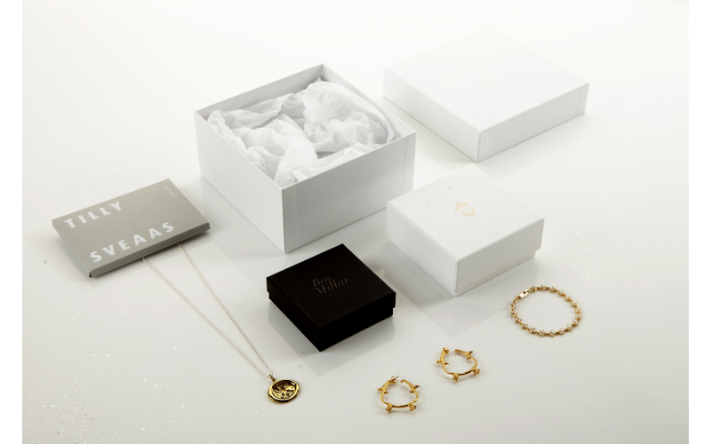 Win a 3 Month Jewellery Subscription from GLITZBOX - worth over £600