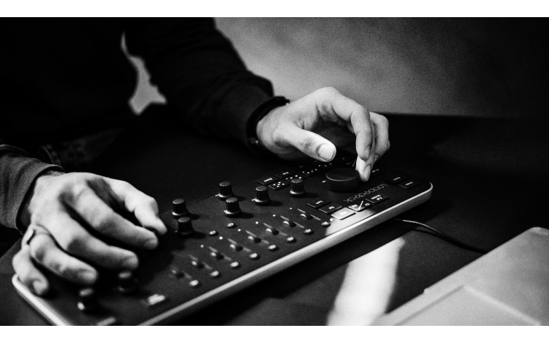 Loupedeck photo editing console for Adobe Lightroom