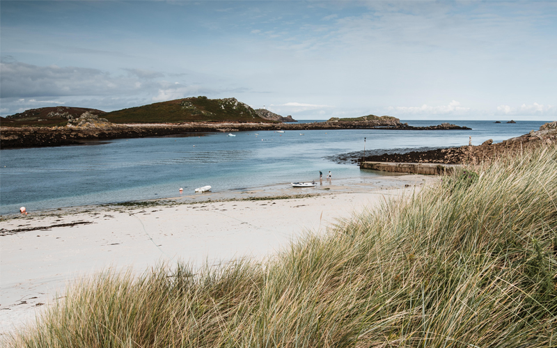 2 return flights on Skybus to the Isles of Scilly