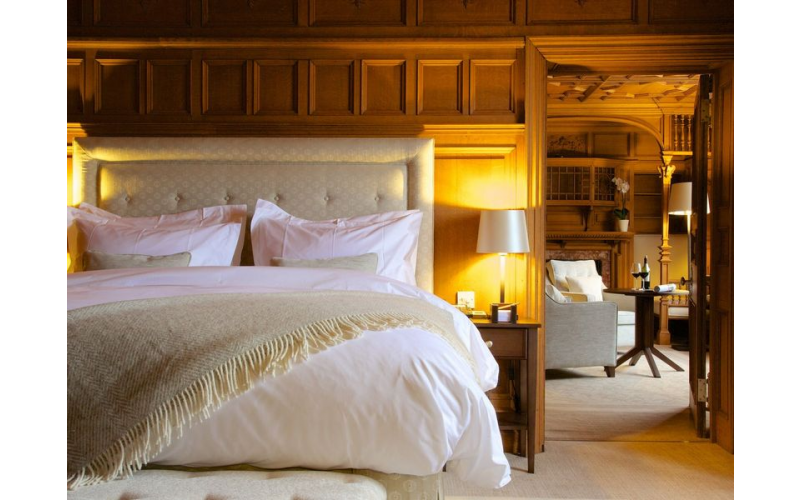 Win a Luxurious stay for two in the Cotswolds