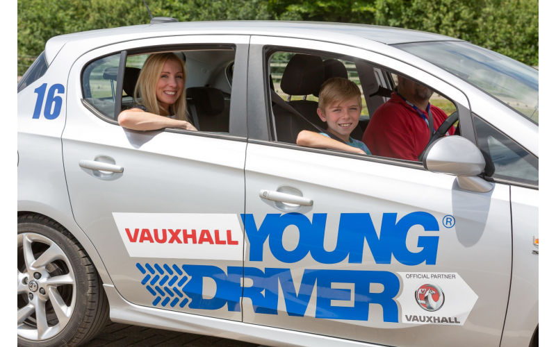 A 60-minute Young Driver lesson