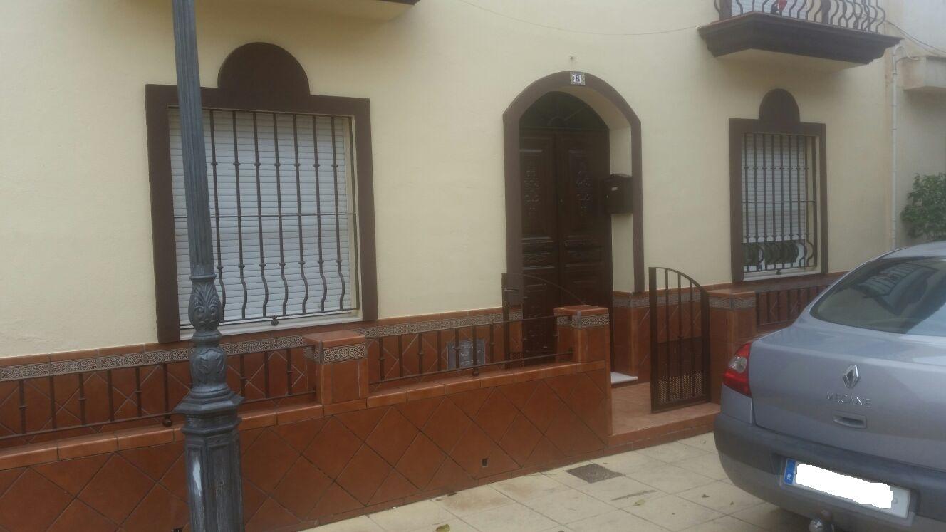 Casa muy amplia en Lepe, Urbanización Virgen Bella