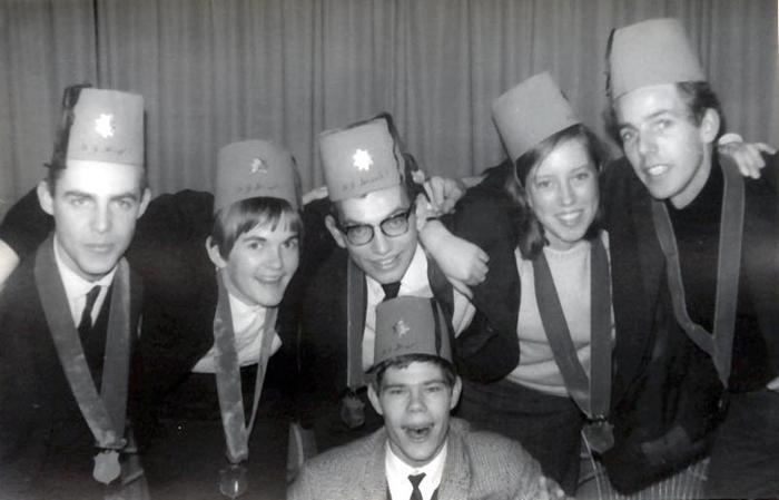 bestuur1966-1967.jpg