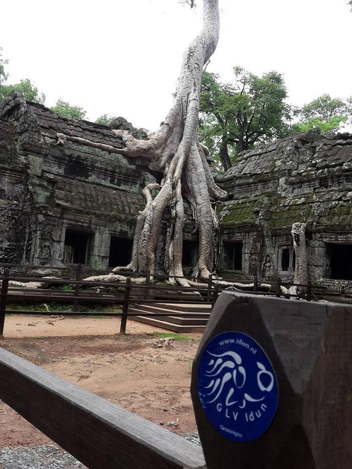 Angkor (Cambodja) Jorick Hiemstra en Esmee Castermans.jpg
