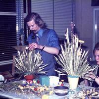 KGW1974_bloemstukken-maken.jpg