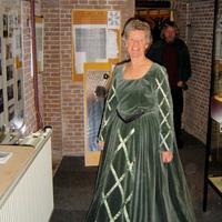 KGW_Historische_kostuums_maken_-_Joke_Verdoes_2005-07.jpg
