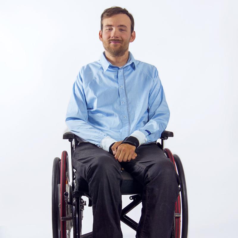Chemise mahe bleu ciel blanc pratique handicap