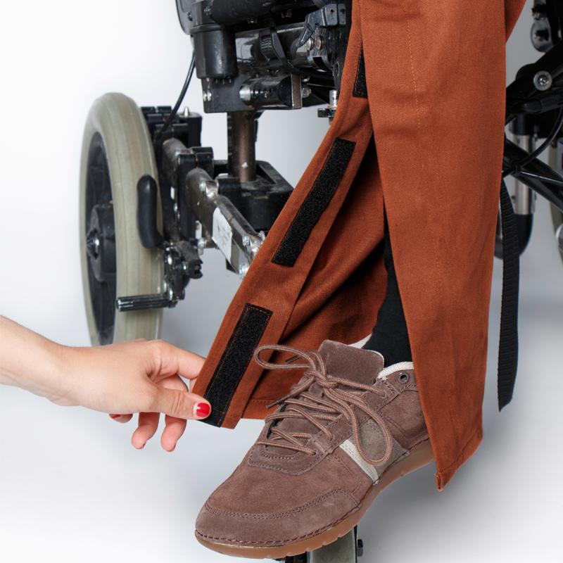 Pantalon lou caramel focus ouverture jambe  pratique handicap