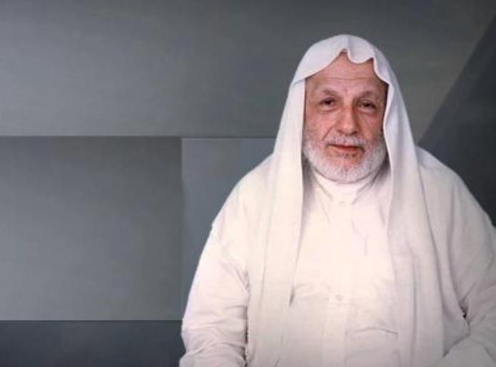 """فيديو طريف للشيخ """"الطنطاوي"""" أثناء تقديم برنامج تليفزيوني"""