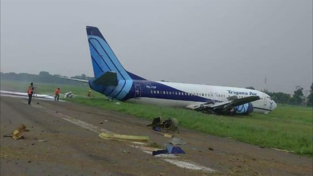 انزلاق طائرة إندونيسية