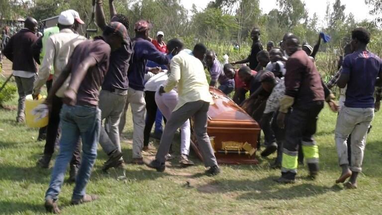"""خطف جثة مغن بوب توفي بـ""""كوفيد-19"""