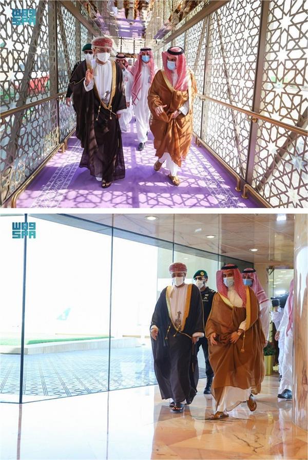 وزير الخارجية يستقبل وزير خارجية عُمان لدى وصوله الرياض