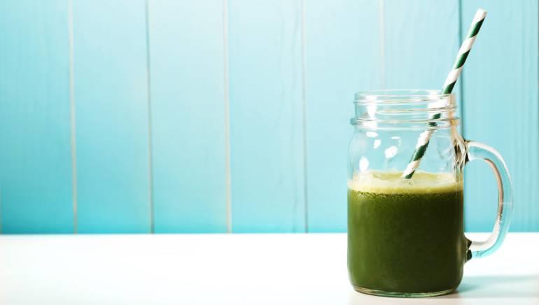 مشروبات تساعد على إنقاص الوزن عند تناولها على معدة فارغة
