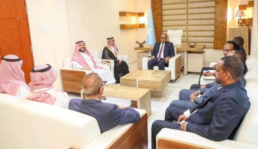 وفد من وزارة الخارجية يصل إلى العاصمة الصومالية لإعادة فتح سفارة المملكة