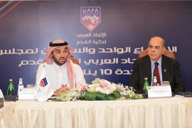 """""""مجلس الاتحاد العربي"""" يستحدث بطولة كرة قدم نسائية"""