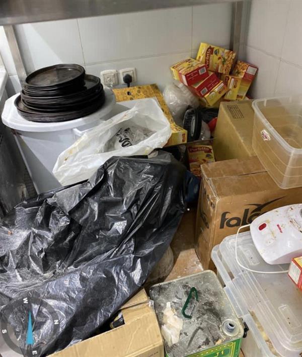 البلدية النسائية تغلق مطعمًا بالطائف لتدني مستوى نظافة الموقع وأحد العاملين