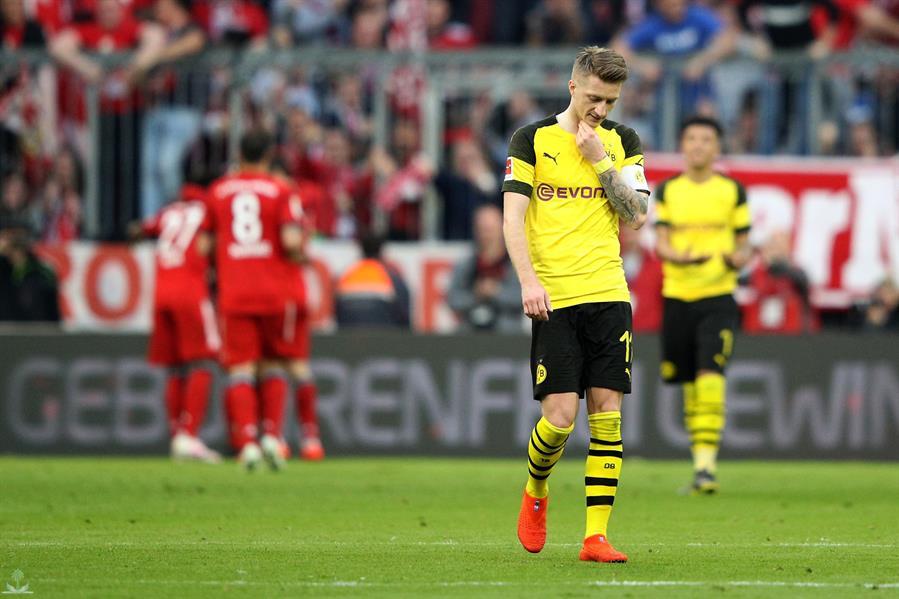 بايرن ميونيخ يسحق دورتموند بخماسية ويخطف صدارة الدوري الألماني