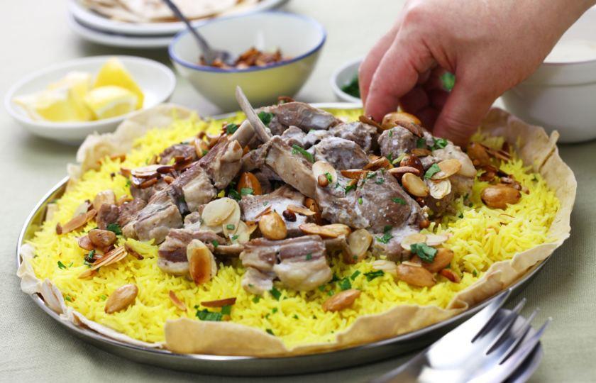 اللحوم والأرز