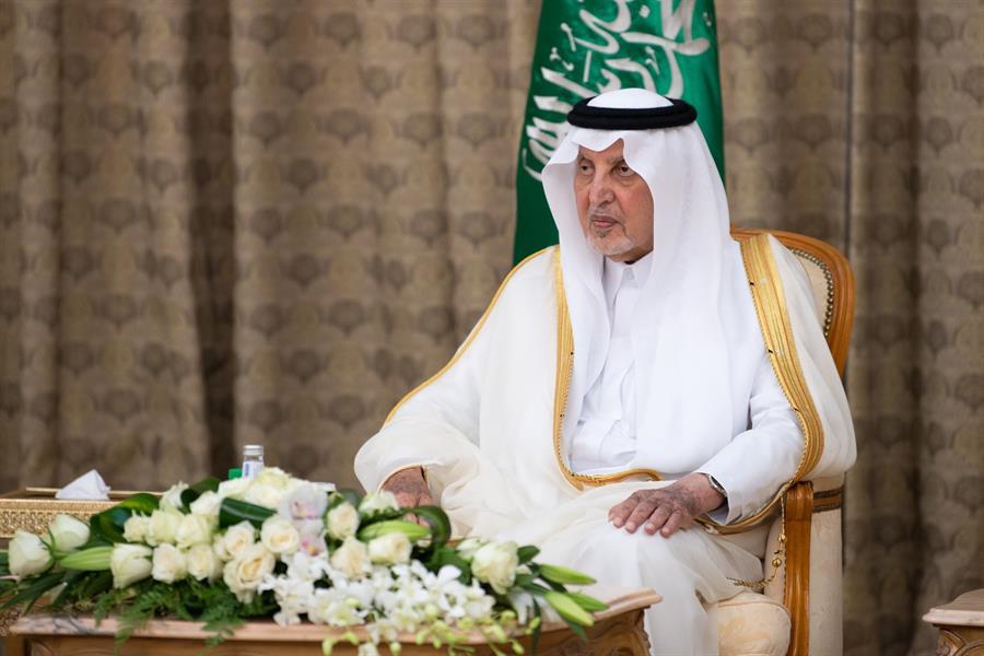 الأمير خالد الفيصل يستقبل أئمة وخطباء المسجد الحرام