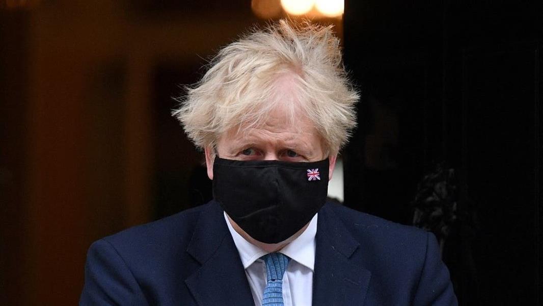 إجراءات جديدة لرفع القيود عن جائحة فيروس كورونا المستجد في بريطانيا