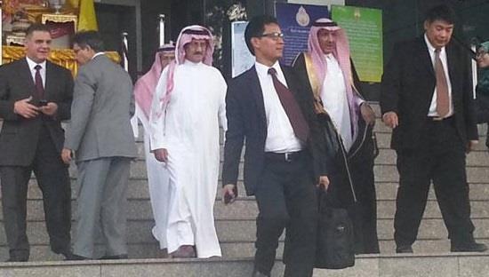 أخبار 24 شاهد يروي تفاصيل مقتل رجل أعمال سعودي بتايلاند وحرق