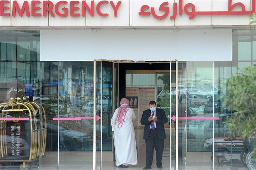 خبير يحذر: ارتفاع حالات كورونا يهدد المنظومة الصحية في المملكة