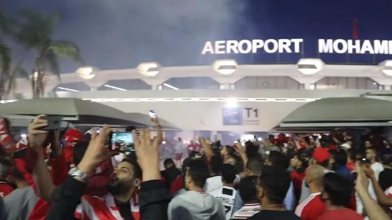 شاهد.. استقبال الأبطال للاعبي الوداد في الدار البيضاء