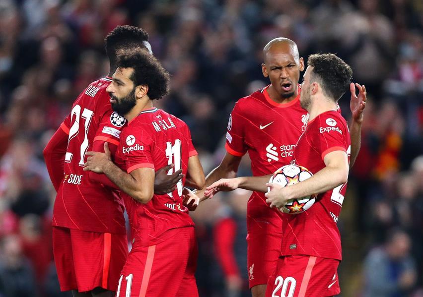 ليفربول يستهل مشواره في دور المجموعات بفوز صعب أمام ميلان