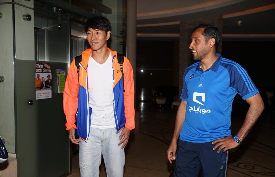 سامي الجابر واللاعب الكوري هوان