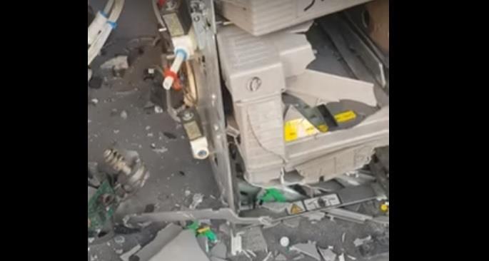 تدمير صراف آلي وسرقة ما به من أموال في أحد أحياء شرق الرياض