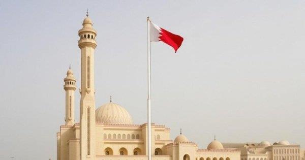 البحرين تقرر فتح المساجد والمساجد لأداء صلاة الجمعة والعشاء والتراويح فقط لمن تم تطعيمهم