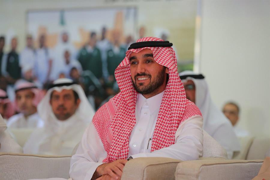 رجاء الله السلمي للديوانية: سمو وزير الرياضة الأمير عبدالعزيز بن تركي الفيصل لم يصدر أي توجيه بالاستغناء عن أي مسؤول في #النصر، هذا شأن داخلي ولا علاقة للوزارة بذلك