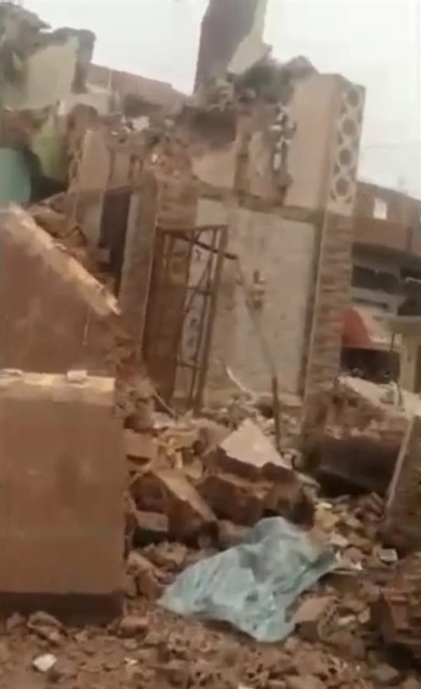 عاصفة قوية تتسبب في سقوط مآذن 3 مساجد ومنزل في مصر
