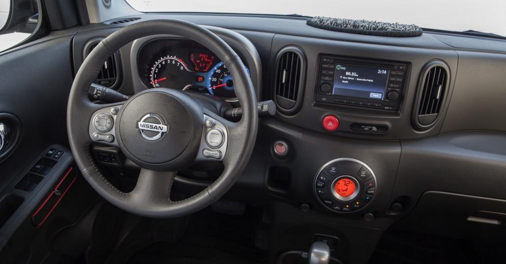 "نيسان كيوب راوند شاج باتش – ""Nissan Cube round shag patch"""