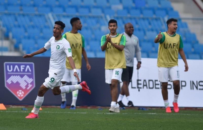 الأخضر الشاب يفتتح مشوار كأس العرب برباعية فلسطين
