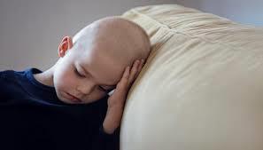 علماء يتوصلون إلى مزيج دوائي قد يقضي على سرطان الدماغ عند الأطفال