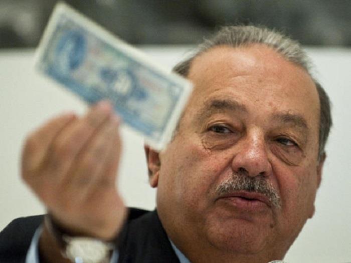 7 - كارلوس سليم (مكسيكي) - 67.1 مليار دولار.