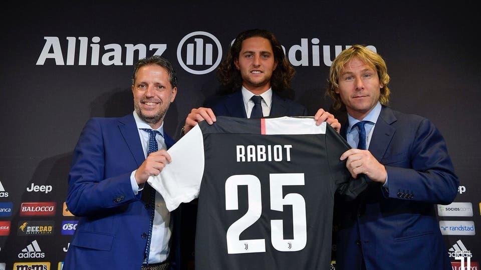 يوفنتوس يضم الفرنسي أدريان رابيو