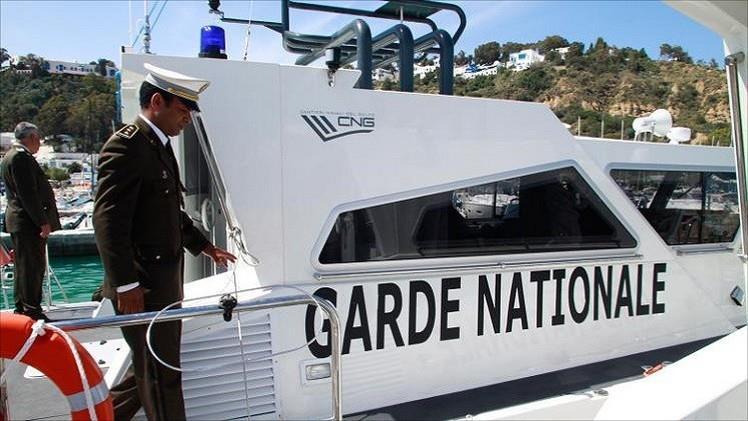 تونس تحتجز بحارة مصريين دخلوا مياهها الإقليمية