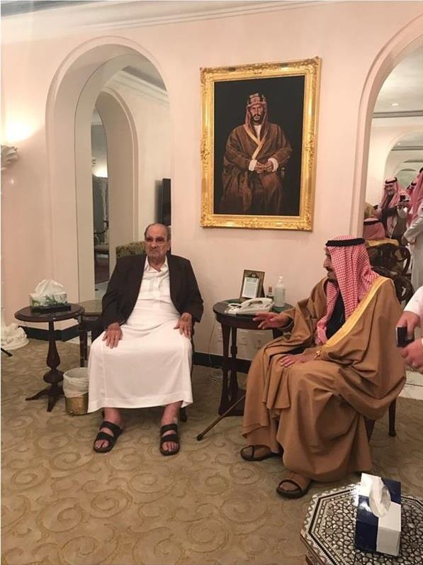 الملك سلمان والأمير طلال بن عبدالعزيز