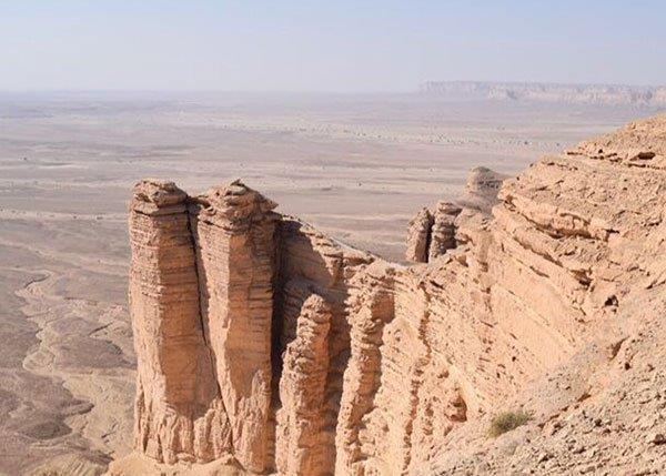 أخبار 24 ما هي جبال طويق التي شب ه ولي العهد همم السعوديين بها