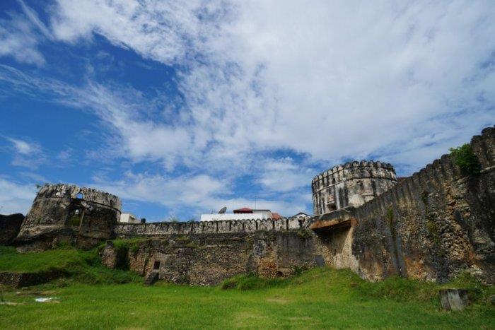 قلعة الحصن القديم The Arab Fort