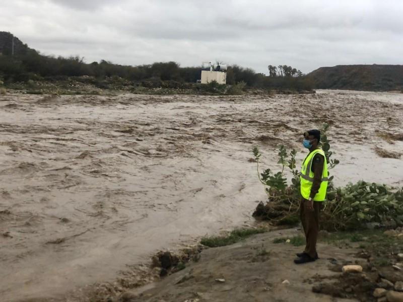 تضرر 106 منازل و18 سيارة وإيواء عشرات الأشخاص جراء الأمطار بجازان